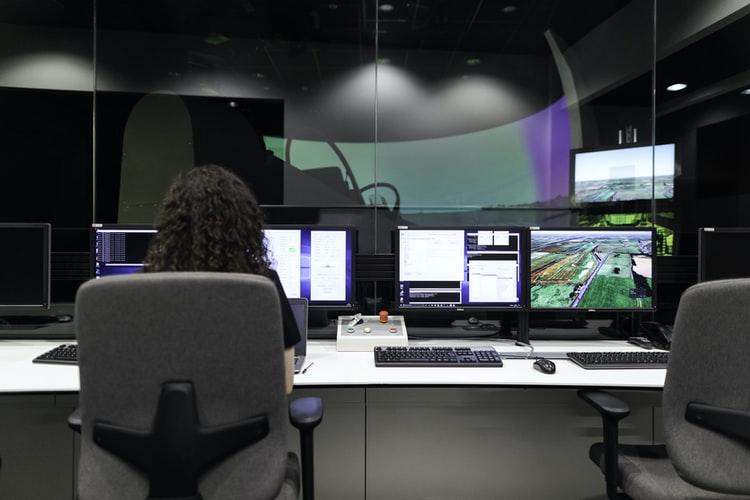 vp information technology job description